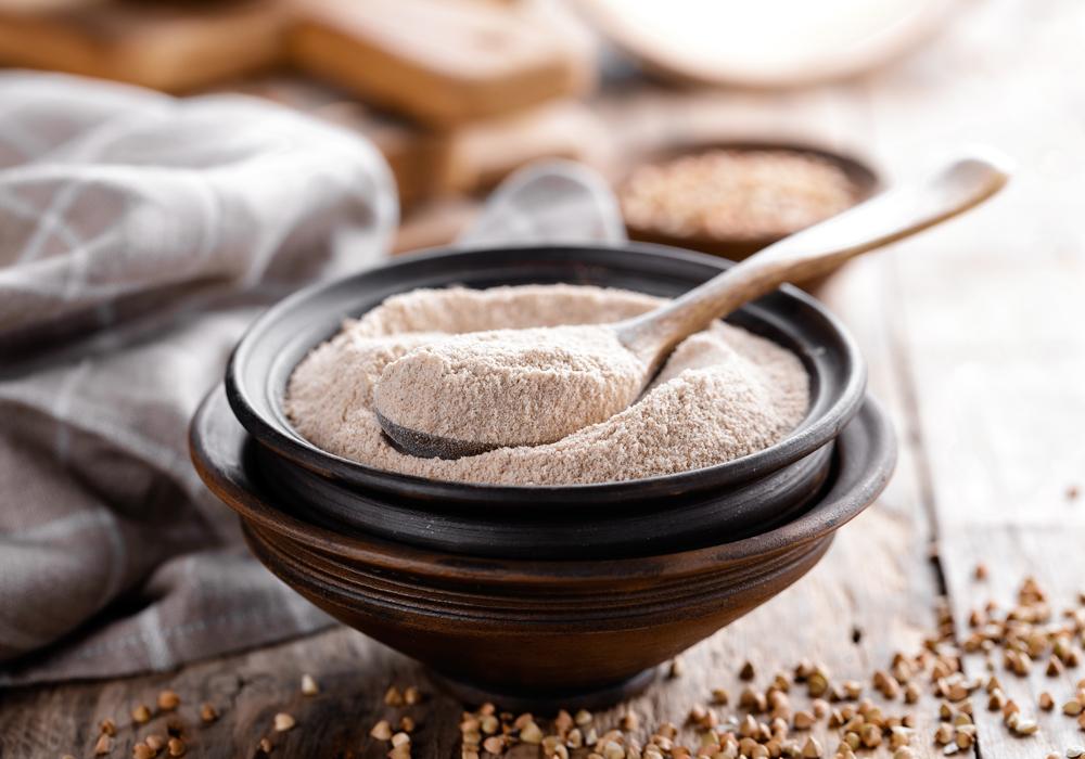 De harina de trigo sarraceno sin gluten un montón de fibras imprescindibles para celíacos.