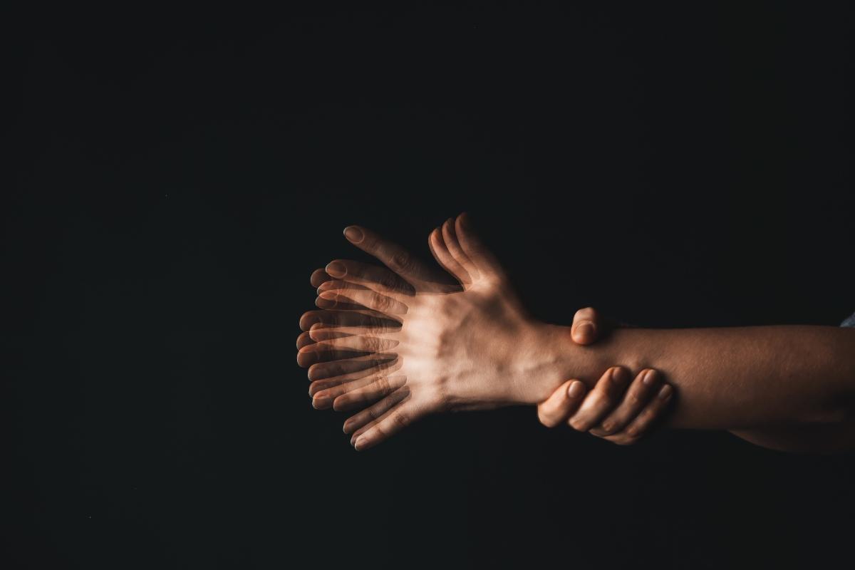 Enfermedad de Parkinson: que es, causas, síntomas, tratamiento y prevención